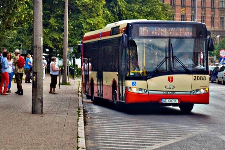 4-letni chłopiec sam podróżował autobusem