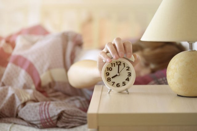 W 2018 roku po raz ostatni przestawimy zegarki?