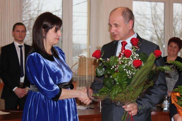 Pani burmistrz Lidia Sopel - Sereja składając ślubowanie zapewniła, że na urlopie po urodzeniu dziecka będzie krócej niż rok.