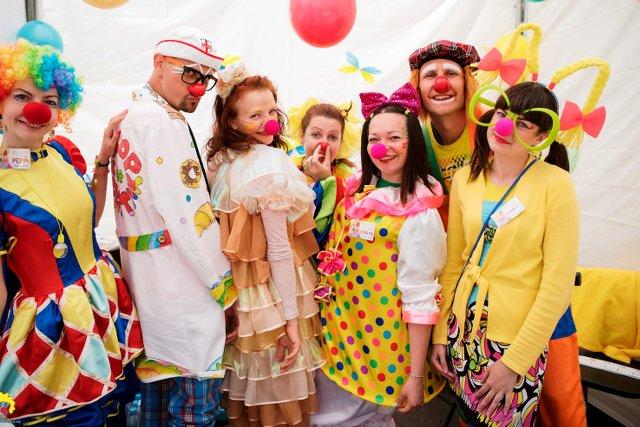 "Wolontariusze Fundacji ""Dr Clown"""