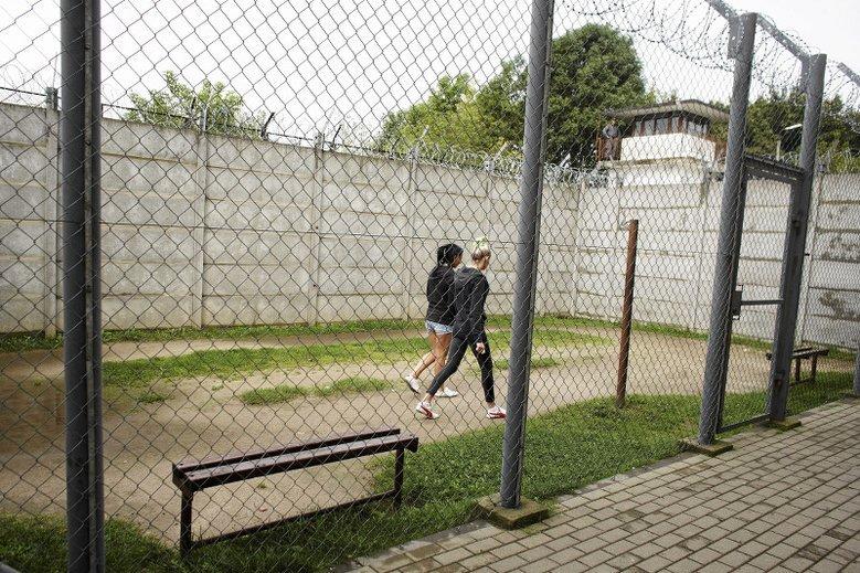 3 lata więzienia i dożywotni zakaz pracy z dziećmi? Życie psychologów, seksuologów i nauczycieli może być utrudnione