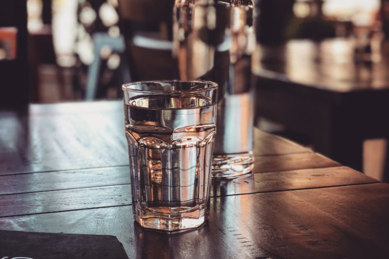 Co jeść i pić w upały?
