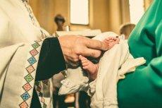 Czy ksiądz może odmówić udzielenia dziecku chrztu?