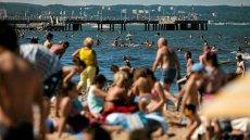Dzieci najczęściej gubią się na plaży, na basenie i w centrach handlowych