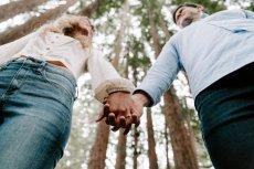 Jak wspierać partnerkę - sposoby na zresetowanie kobiety