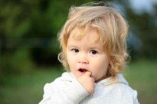 Twoje dziecko nie mówi prawidłowo? Problem odłożony na bok, nie znika.