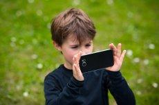 Niezależnie od wieku dziecka, głównymi kryteriami wyboru, którymi kierują się rodzice jest cena urządzenia.