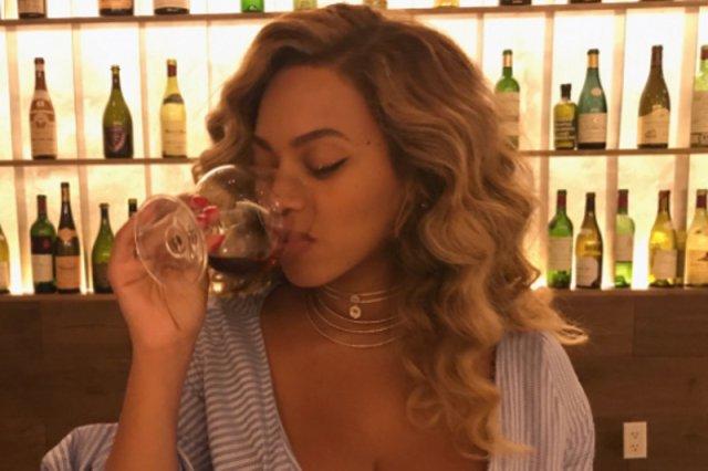 Beyonce opublikowała zdjęcie z lokalu, komentarzy nie ma końca.
