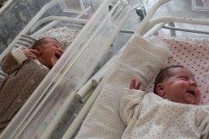 Bliźniaki urodzone osobno. Taki poród zdarza się raz na 50 milionów!
