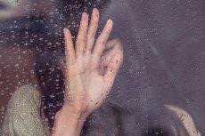 Depresja poporodowa odbiera radość z macierzyństwa i siły na podejmowanie nowych wyzwań, jakie niesie ze sobą nowo narodzone dziecko