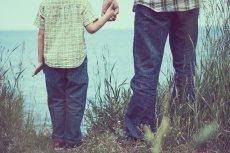 Czego unikać, aby relacja ojca z synem się rozwinęła?