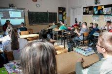 Szkoły niepubliczne w Polsce — uczniów przybywa, bo nie ma religii