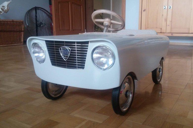 W Poznaniu skradziono autko, które ojciec wykonał dla swoich dzieci własnoręcznie
