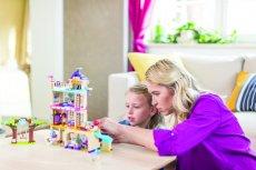 Duże zestawy LEGO Friends liczą po kilkaset elementów - ich składanie może być zabawą nie tylko dla dzieci