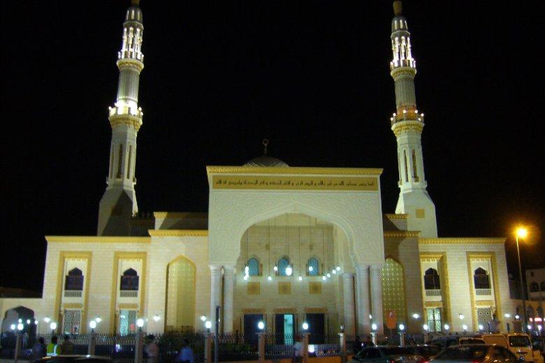 Meczet Jumeirah, jedyna miejsce kultu muzułmańskiego w Dubaju, do którego wstęp mają turyści obcego wyznania