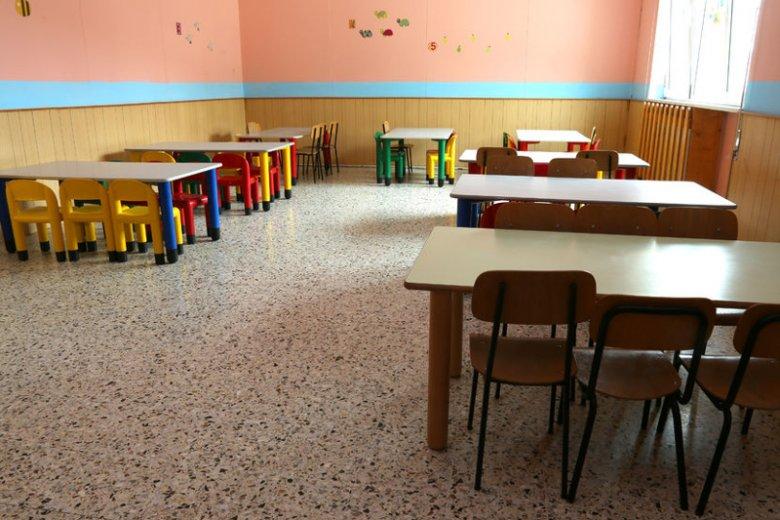 Co jedzą dzieci w polskich szkołach? Niepokojące wyniki kontroli.