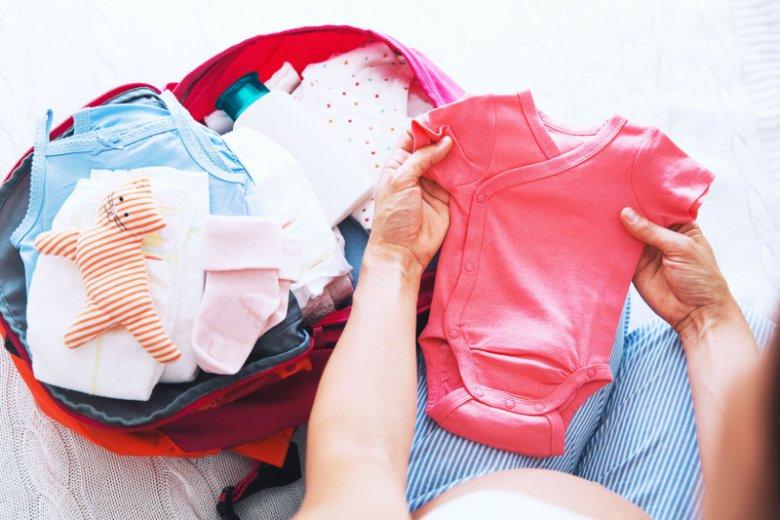 Wyprawka dla noworodka - co spakować do torby do szpitala