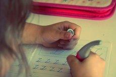 Rodzice są przeciwni zadawaniu prac domowych ich dzieciom.