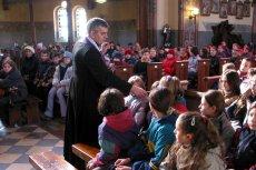 Koronawirusa a kościół — Arcybiskup prosi o przełożenie rekolekcji