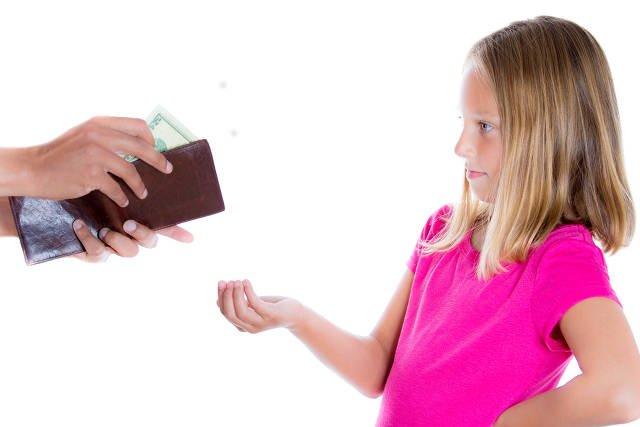 Tylko co czwarte dziecko w Polsce dostaje kieszonkowe.
