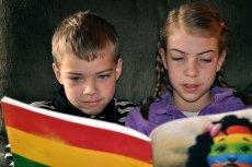 Flickr / [url=http://goo.gl/jfQrLO]Carissa Rogers[/url] / [url= http://goo.gl/OOAQfn]CC BY[/url] Gry mogą pomóc dzieciom w nauce czytania