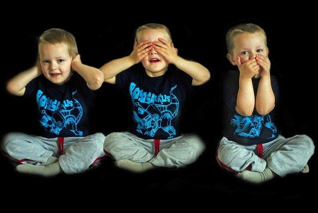 [url=http://pixabay.com/pl/s%C5%82ysze%C4%87-patrz-m%C3%B3wi%C4%87-dziecko-dzieci-71330/]Pixabay[/url] / [url=http://pixabay.com/pl/service/terms/#download_terms]CC O[/url] Każde dziecko nabywa umiejętności w zależności, na jakim etapie rozwoju jest