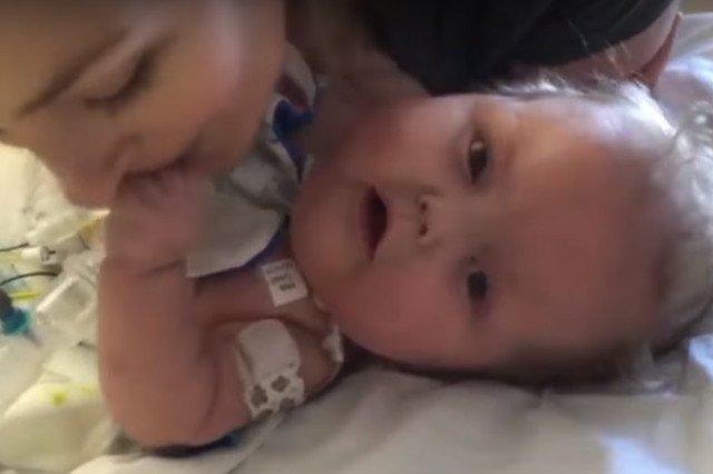 Chłopczyk przez całe swoje życie znajdował się na oddziale intensywnej terapii.