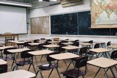 Szkoły w Polsce zamknięte przez koronawirusa. Rodzice, zostawcie dzieci w domach już teraz!
