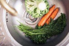 W jakich warzywach i owocach jest najwięcej pestycydów?