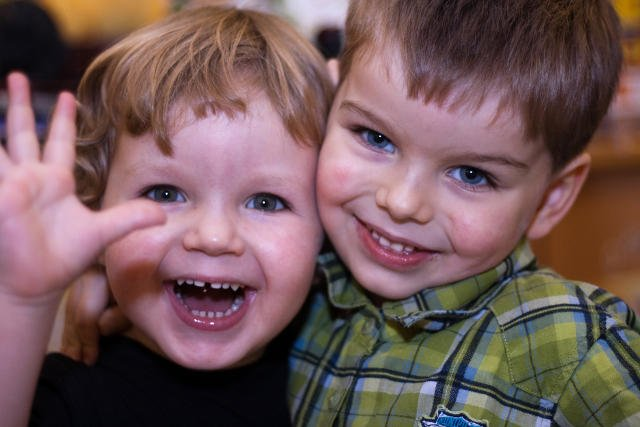 Przyjaźń jest ważnym aspektem rozwoju emocjonalnego dziecka.