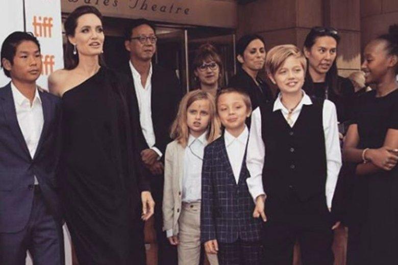 Angelina Jolie w pełni akceptuje tożsamość płciową Shiloh