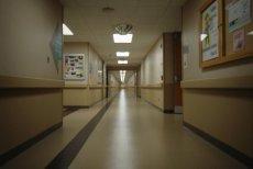 Operacja na bliźniętach w Szpitalu Bielańskim.