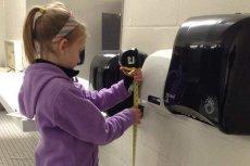 Nora odwiedziła ponad 40 toalet
