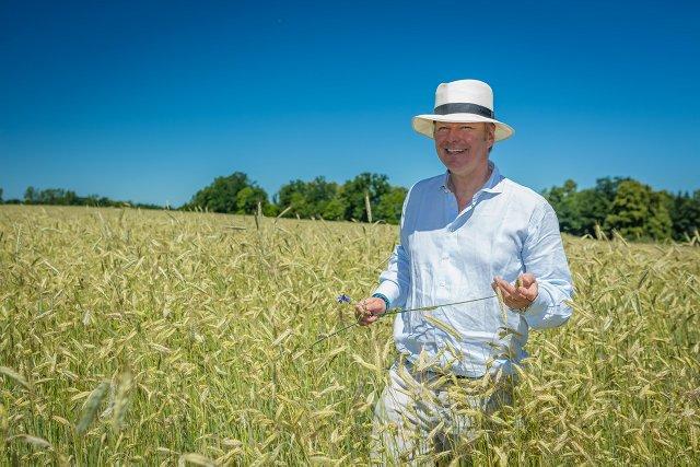 Stefan Hipp, najstarszy z piątki rodzeństwa, stoi za sterami rodzinnej firmy, produkującej ekologiczną żywność dla niemowląt