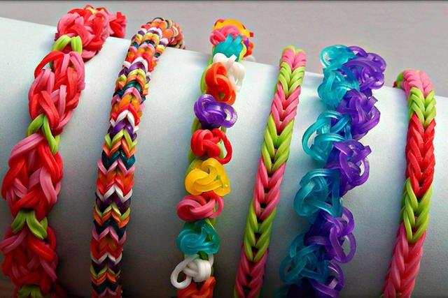Badania wykazały, że większość kolorowych gumek w popularnych zabawkach, które są dostępne na rynku, nie zawiera szkodliwych substancji