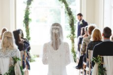 Fot. [url=http://bridalmusings.com/2016/03/end-child-marriage/]Bridal Musings[/url]