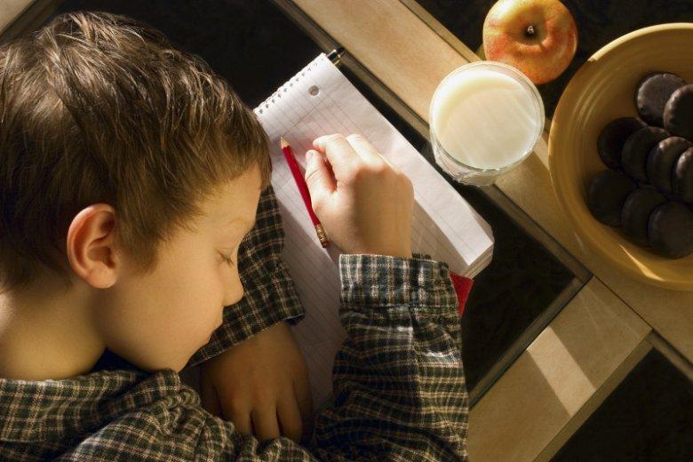Nastolatek, który wstaje o 6 czuje się jak dorosły, który dzień zaczął o 3 nad ranem.