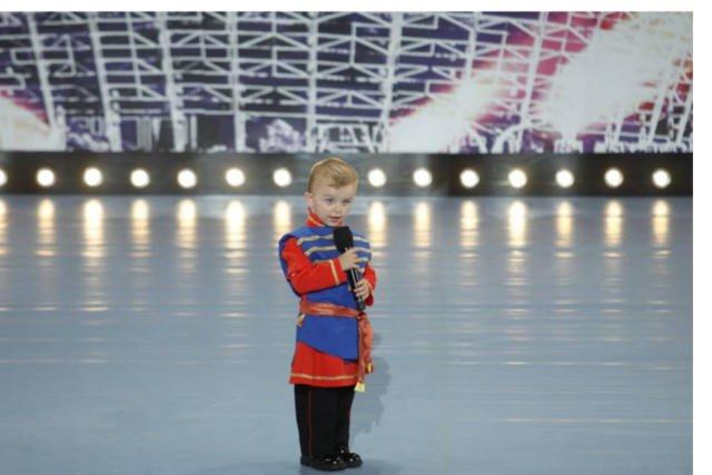Coraz częściej dzieci z mikrofonem można spotkać na scenie