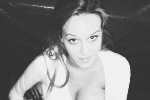 Karmienie piersią – czy takie zdjęcia powinno się wrzucać do sieci?