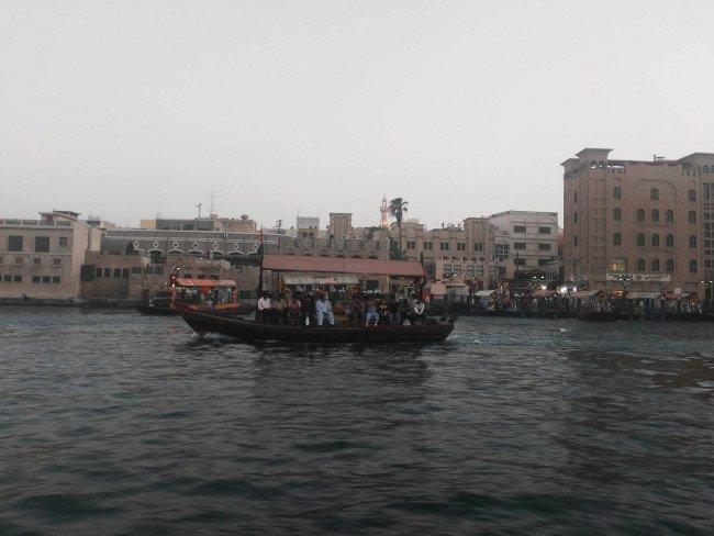 Wodne taksówki zabiorą cię do Dubaju, jakiego nie znasz.
