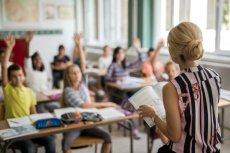 Do wyboru ubezpieczenia szkolnego warto się przyłożyć i nie pozostawiać go przypadkowi