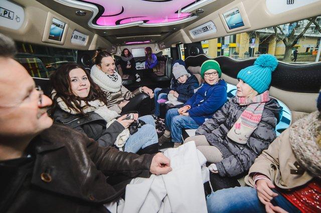 Podróż limuzyną była jedną z atrakcji konkursowego weekendu.