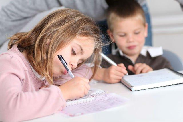 Odręczne pisanie to świetny trening dla mózgu.