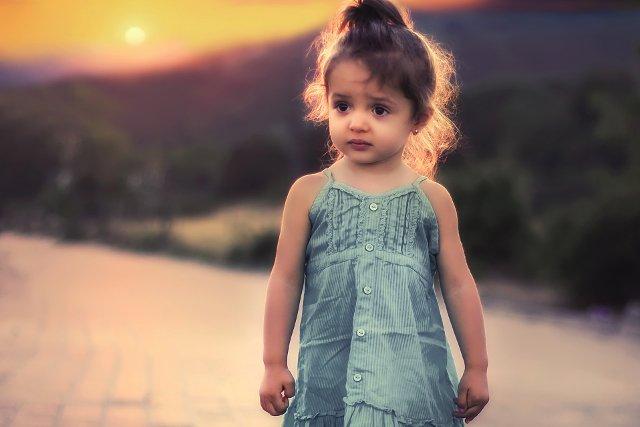 Fot. Pixabay / [url=https://pixabay.com/en/aroni-arsa-children-little-model-738303/]Bessi [/url] / [url=https://pixabay.com/en/service/terms/#usage]CC0 Public Domain[/url]