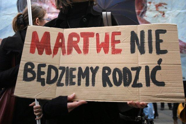 Statystyki dotyczące aborcji w Polsce w 2017 roku zakłamują rzeczywisty obraz