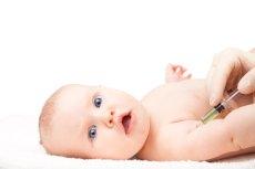 GIS opublikował kalendarz szczepień dziecka na 2018.