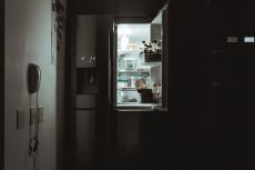 Jak się pozbyć brzydkiego zapachu z lodówki?