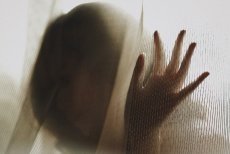 Endometrioza – dlaczego ta choroba tak boli?