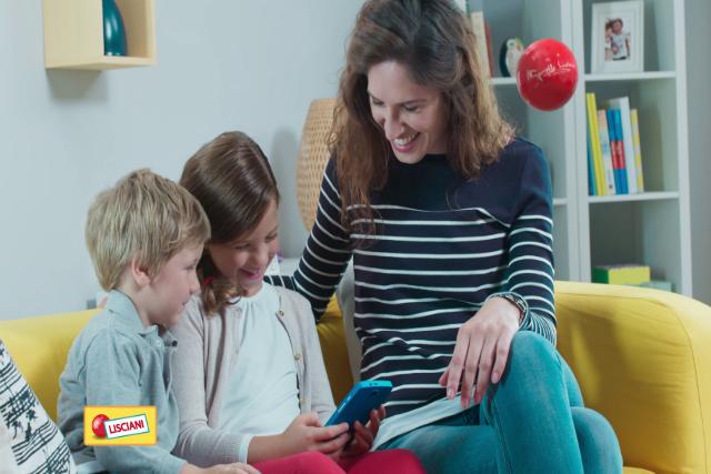Pierwszy telefon dziecka powinien mieć możliwość pełnej kontroli rodzicielskiej.