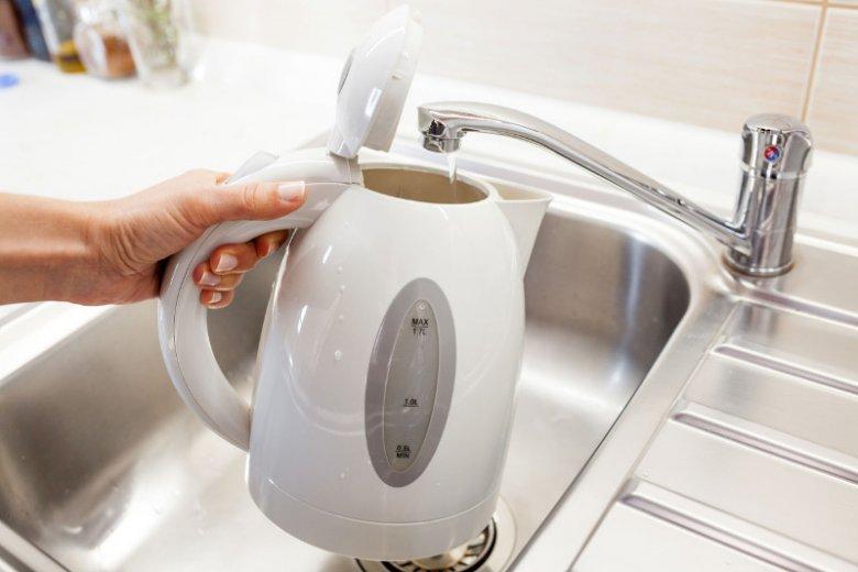 Sposoby na czyszczenie czajnika